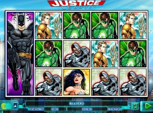 Комбинация символов в Justice League